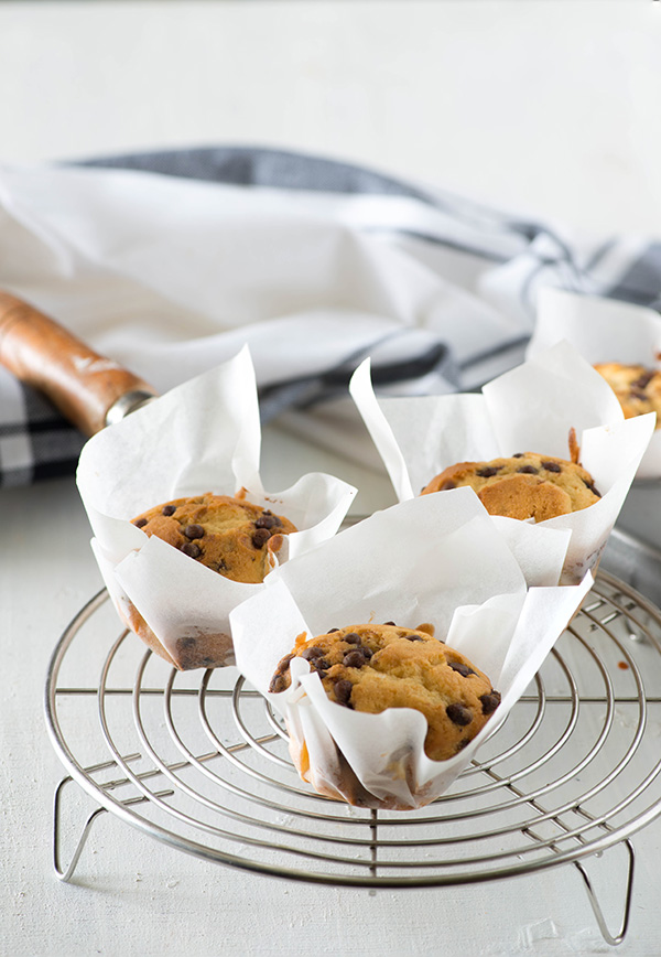 Easy choco chip muffin recipe, bakery-style muffins with lots chocolate chips. Almost fail proof choco chip muffin recipe, perfect for serving at teatime or coffee,