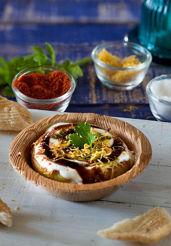 Aloo Tikki Chaat Recipe   Delhi Style Aloo Tikki - Indian ...  Aloo