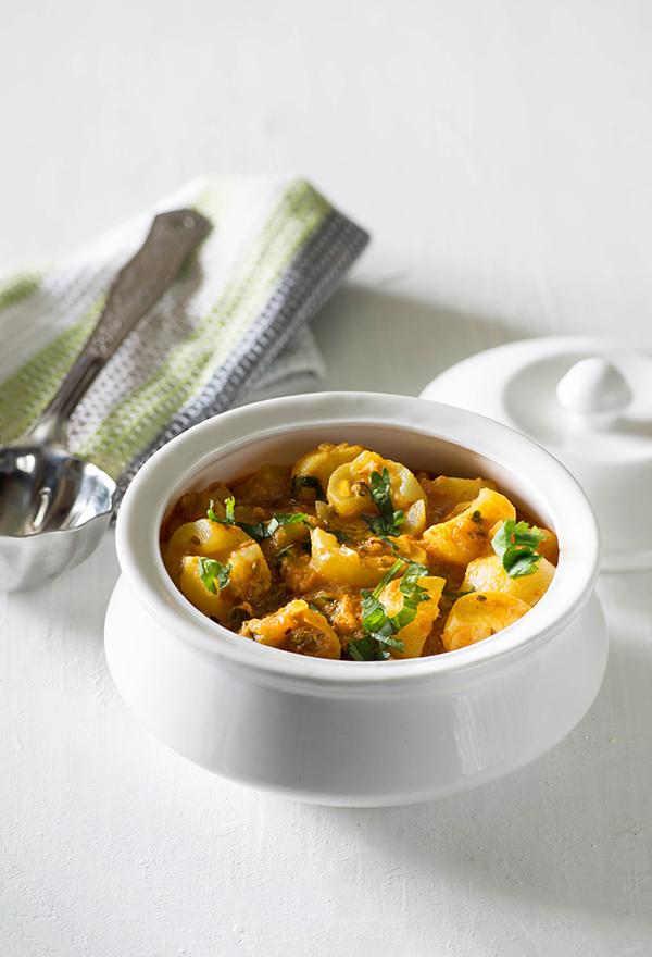 Dahi Wale Tinde Ki sabzi is Indian curry made with tinda or apple gourd