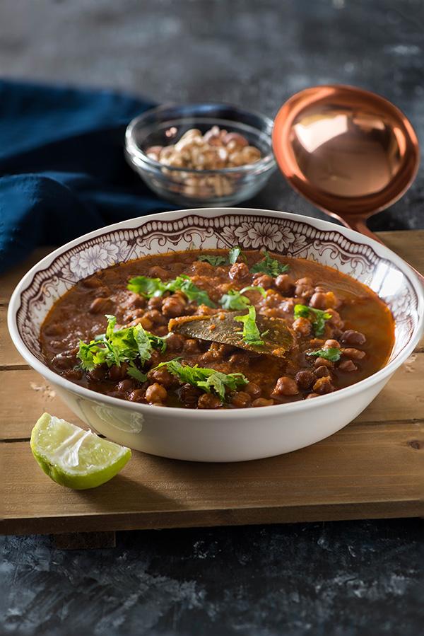 Kala chana curry