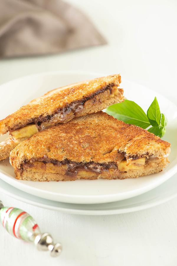 Nutella Banana marshmallow sandwich