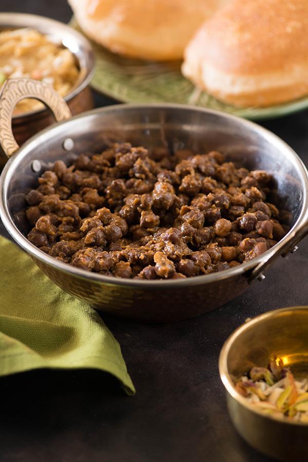 Dry Kala Chana Curry recipe for ashtami