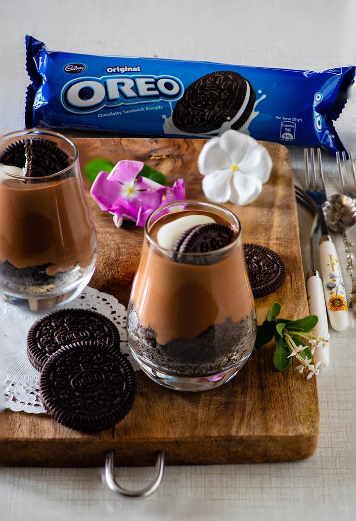 eggless Oreo chocolate mousse